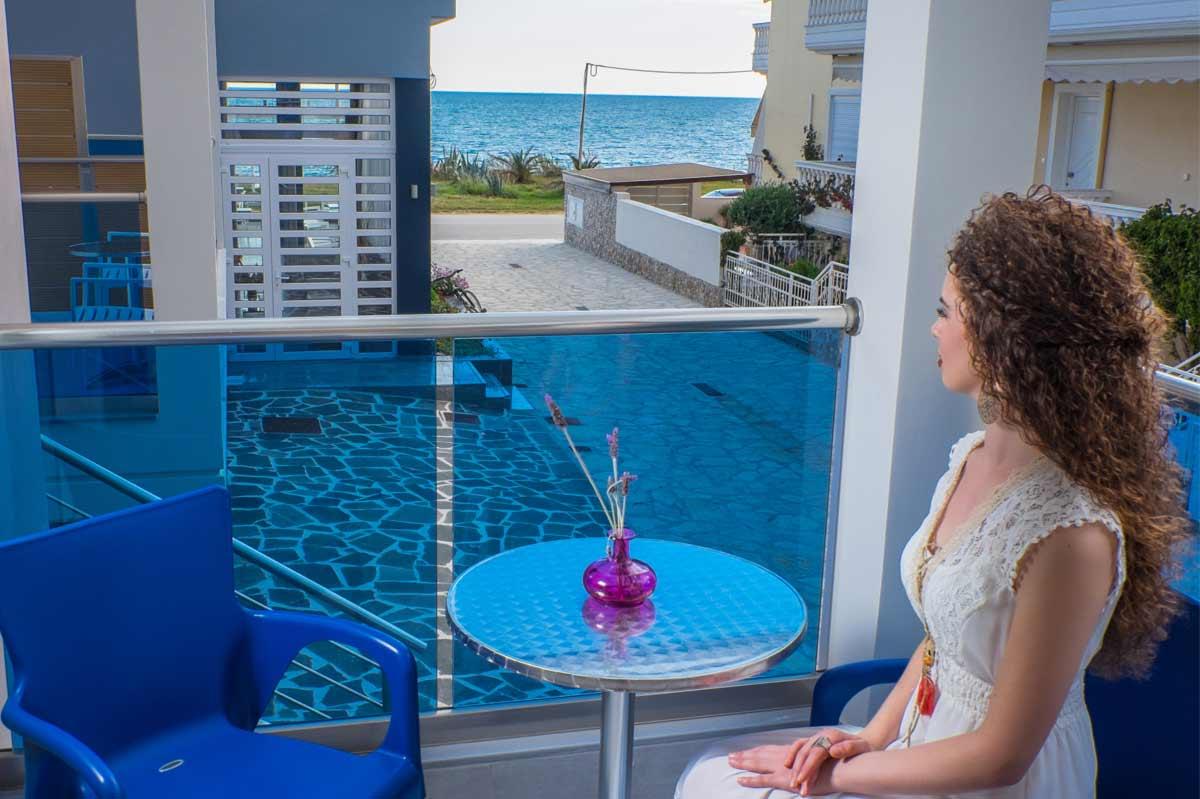 Must Boutique Hotel, Ξενοδοχείο στο Κανάλι Πρέβεζας, Μπαλκόνι δωματίου με θέα στην θάλασσα