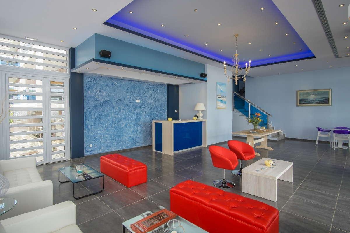 Must Boutique Hotel, Ξενοδοχείο στο Κανάλι Πρέβεζας, Ο χώρος υποδοχής του ξενοδοχείου