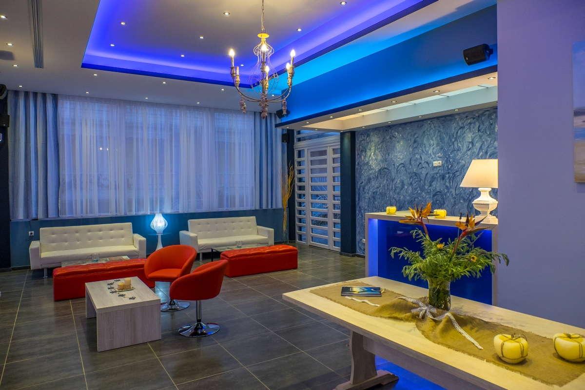 Must Boutique Hotel, Ξενοδοχείο στο Κανάλι Πρέβεζας, Ο χώρος αναμονής του ξενοδοχείου